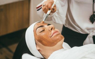 Top 5 Facial Kits for Glowing Skin Available in India