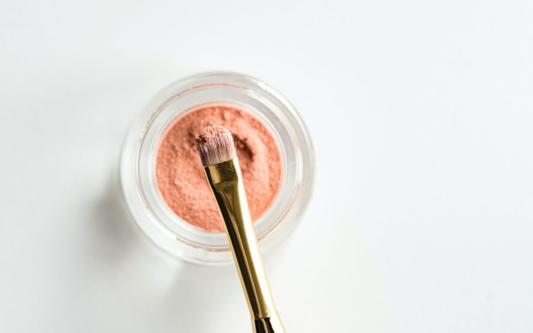 Top 5 Makeup Loose powders For Setting Your Makeup
